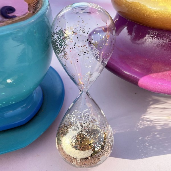 Alice in Wonderland Hourglass, Arribas Glass Collection