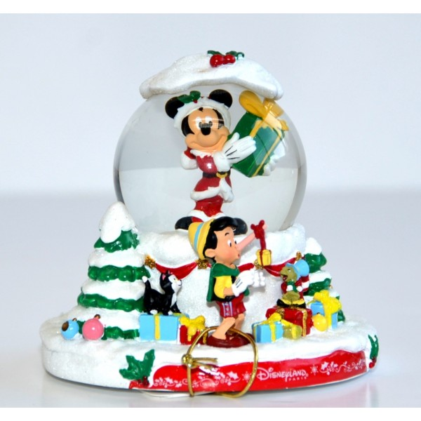 Disneyland Paris Christmas Snow Globe