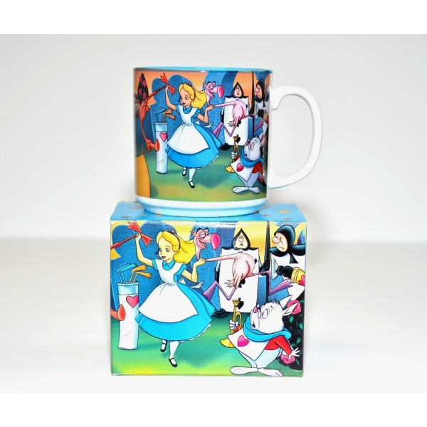 Vintage Classic Alice in Wonderland mug