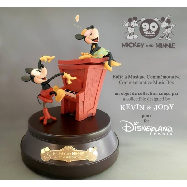 Mickey and Minnie Mouse 90th Anniversary Commemorative Musical Box Limited Edition, Disneyland Paris