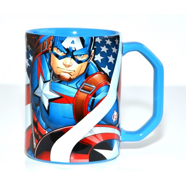 Captain America raised artwork Mug